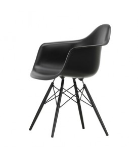 Eames Armchair DAW Vitra black beauty